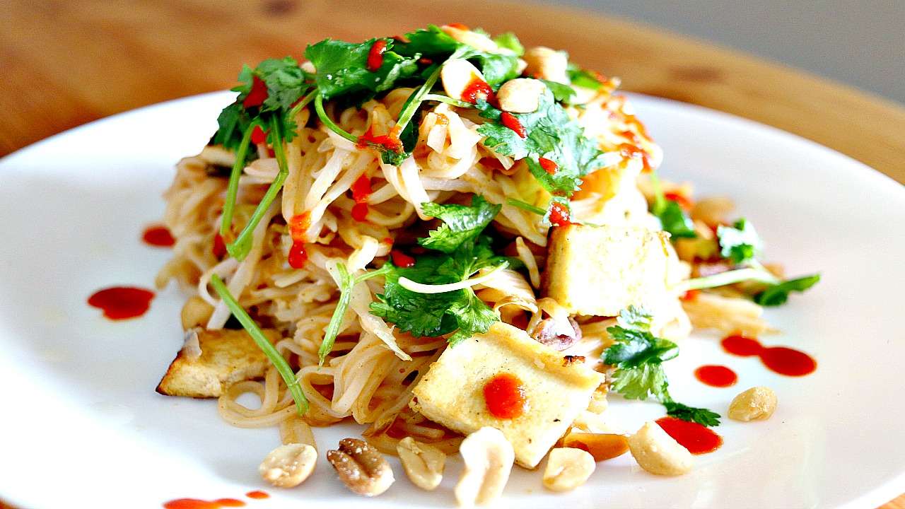 easy vegan pad thai recipe  cheap lazy vegan